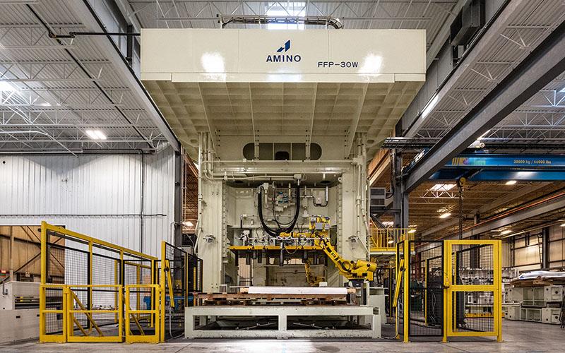Large manufacturing press for Metal working